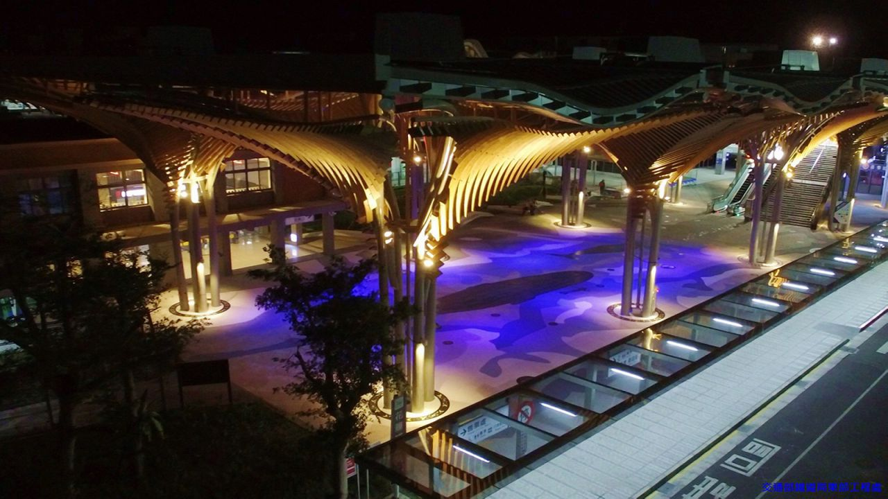 Hualien Station - Whale Wonder (Night view)